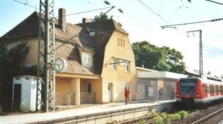 Der Neubaubinger Bahnhof